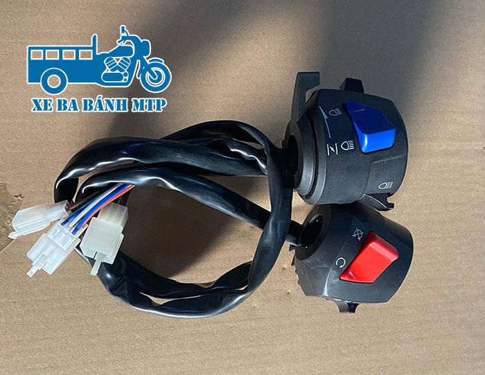 Công tắc xe ba bánh là nhóm công tắc có tác dụng điều khiển các linh kiện sử dụng điện trên xe ba bánh như động cơ, đèn chiếu sáng, đèn xi nhan, còi, đèn pha gần - xa,