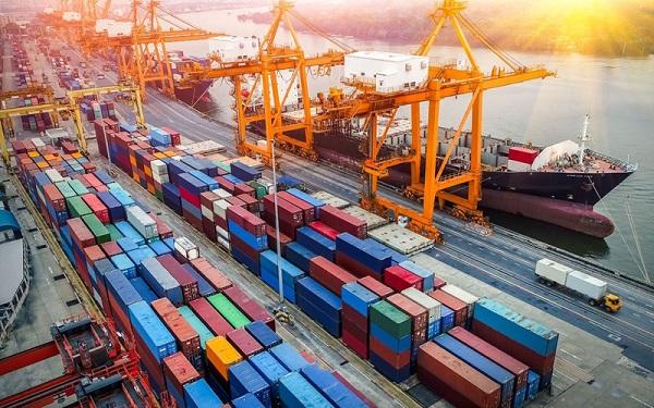 Việt Nam đang tập trung xây dựng nền kinh tế xuất nhập khẩu hàng hóa