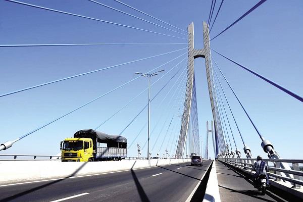 Phân loại theo chức năng thì ngành giao thông vận tải thì có vận tải hành khách và hàng hóa