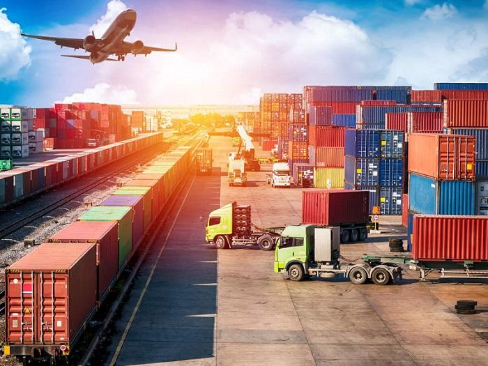 Vận tải hàng hóa thực chất là một loại hình kinh doanh dịch vụ