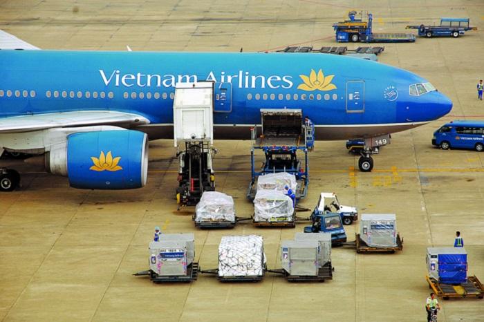 Vận tải đường hàng không là hình thức nhanh chóng nhất hiện nay