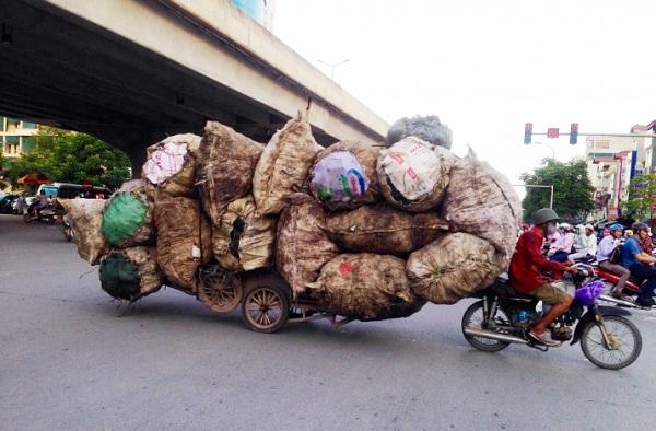 Tuân thủ đúng luật giao thông và chở đúng trọng lượng khi lưu thông